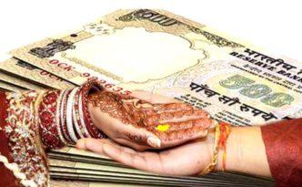 Chaiwala giving dowry