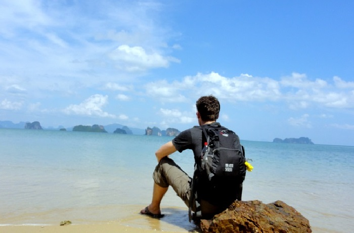 Best experiences of travelling alone.
