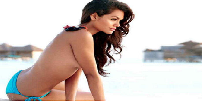 Esha Gupta pictures exposes her secret tattoo.