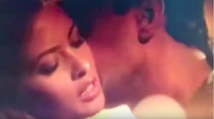 Leaked Video of Riya Sen's Hot Love Making Scene From Ragini MMS Returns Goes Viral.