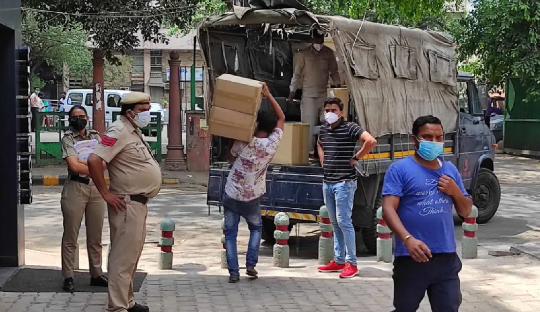 Business of Breath in Delhi, 96 oxygen concentrator recovered from Khan Chacha restaurant in Khan Market.